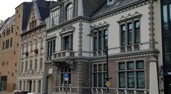 Fasaderenovering Sandens Kjøpesenter